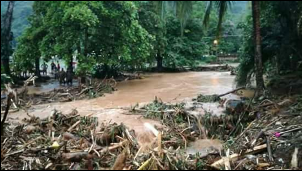 Emergencia por deslizamientos y desbordamiento de río en Bahía Solano