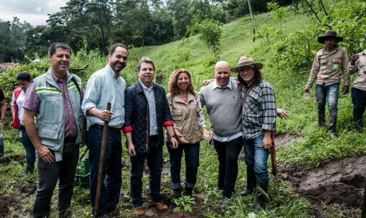 UdeM y Área Metropolitana inician convenio para favorecer el medio ambiente en la ciudad