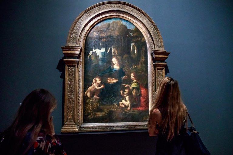 """""""La Virgen, el niño y San Juan el Bautista"""" (EFE/EPA/CHRISTOPHE PETIT TESSON)"""